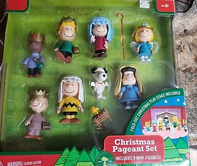 Peanuts Snoopy Charlie Brown Nativity Christmas Pageant Play Set 9 Mini Figures