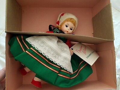 Vintage Madame Alexander Denmark Blonde Blue Eyes 546 Doll And Box
