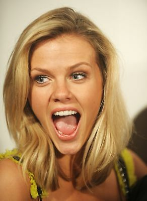 Britney Spears With Mouth Open 8x10 Photo Print