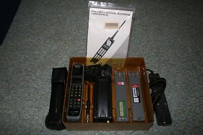 Vintage Motorola Ultra F09NFD8438BG Mobile Brick Cell Phone USED W/ORIGINAL BOX