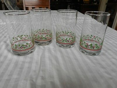 4 Arby's Holly Berry Christmas Holiday Drinking Glasses Vintage 1980's