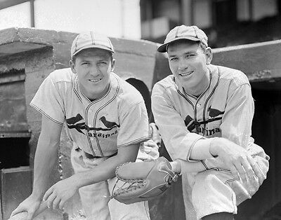 JOE DUCKY MEDWICK and DIZZY DEAN CARDINALS ALL TIME GREATS 8x10 PORTRAIT