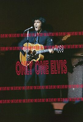 ELVIS PRESLEY 1969 OPENING NIGHT July 31, 1969 Las Vegas 8x10 Photo LIVE