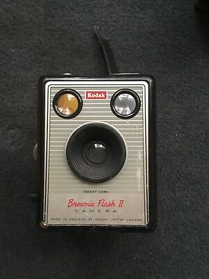 Vintage Kodak Box Brownie Flash II Camera VGC