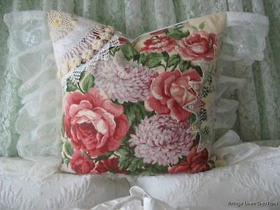 ViNtAgE Chic PINK RoSeS Barkcloth * FRENCH LACE * Cottage Garden FEATHER PILLOW