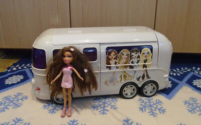 Bratz large TOUR BUS MOTOR HOME with a doll