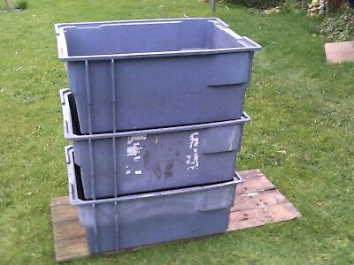 PLASTIC STORAGE BOX x3 INDUSTRIAL, HEAVY DUTY, STACKABLE. 630 x 430 x 280mm GREY