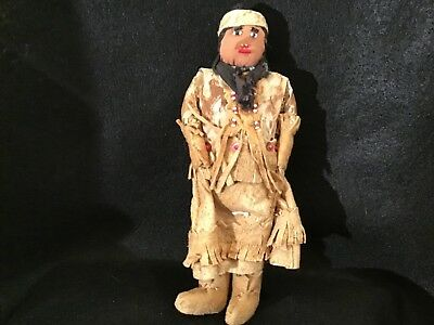 Lot# 1248. Vintage Native American Plains Indian beaded leather doll