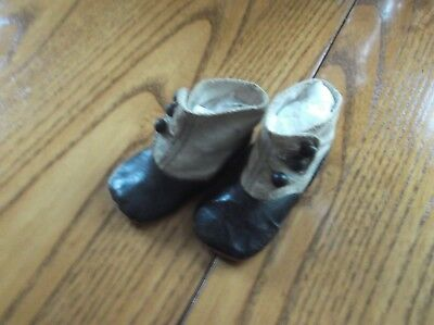 Antique Victorian Baby / Child Leather Button -up High Top Shoes Black Two tone.