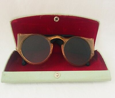 VINTAGE Tan & Black Celluloid GREEN Sunglasses with Retro CASE