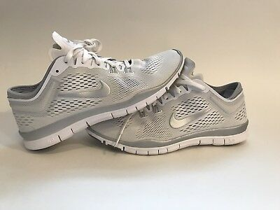 df29ca25569c See Details. NIKE Free TR Fit 4 Running Sneakers Women Size 8 White Grey