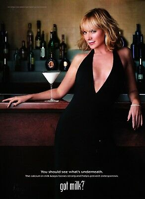 Got Milk? Ad 2002 Kim Cattrall * You Should See What Underneath * Very Rare