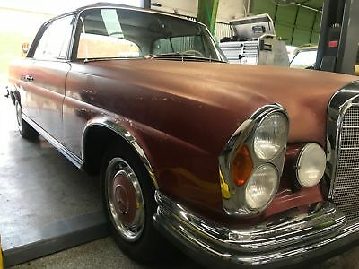 1964 Mercedes-Benz 200-Series 1964 Mercedes 220 SE Coupe 1964 Red SE!