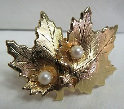 BR2 Vtg Gold Tone Leaves Faux Pearl Scarf Clip Jewelry 2""