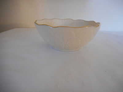 Lenox Ivory with Gold Trim Bowl Candy Dish 4.5 inch across x 2 inch tall