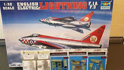 E.E Lightning F.1A/F.3 1:32 Trumpeter 02280 inc.Aires 2108 2111 2112 AM 32-057