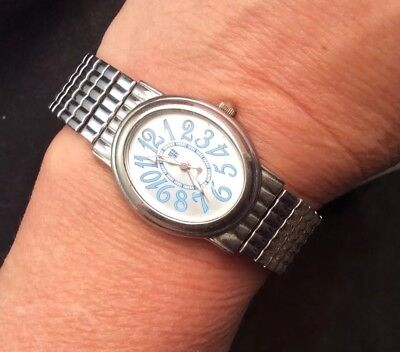 Women's Faded Glory Quartz Watch With Stretch Band And Silvery Blue Face Works