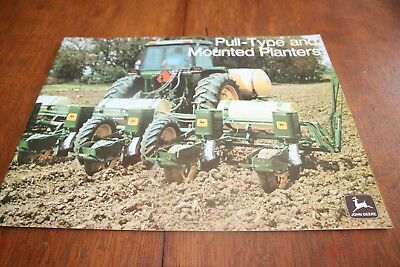 John Deere Pull-Type and Mounted Planters Brochure 1240 493-A 1973!