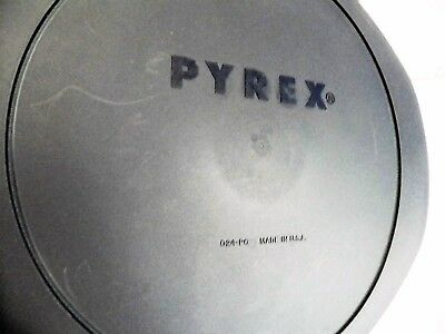 Pyrex Navy Plastic Lid for 2 Qt Round Baking Dish ~ 024-PC