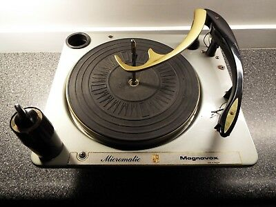 magnavox micromatic console stereo record changer phonograph phono player vtg