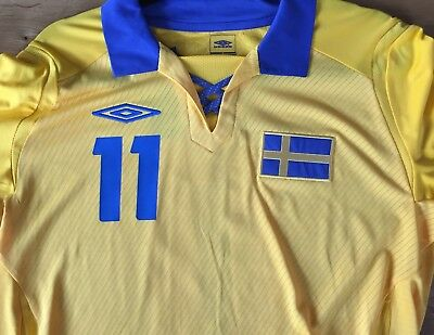 Official Sweden Numbers for Umbro Shirts #11 (Larsson)