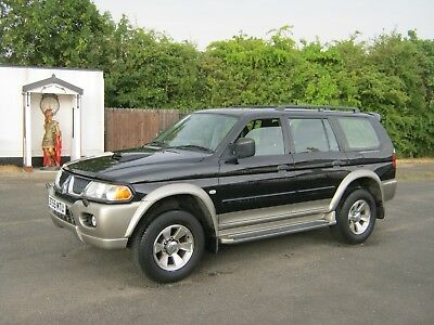 Shogun 2.5 4x4 Turbo Diesel 84,000 careful miles.2005. Air con/electric roof.