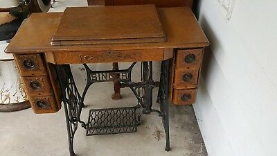 1920s no 66 singer sewing machine in ornate cabinet in excellent conditionp