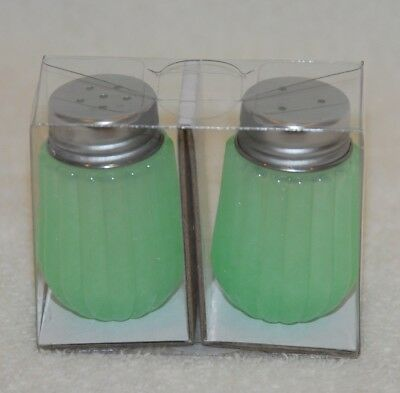 New Hearth and Hand Magnolia Joanna Gaines Target Green Glass Salt and Pepper