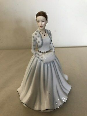 Royal Doulton Figurine The First Noel Bone China Songs of Christmas HN5757 New
