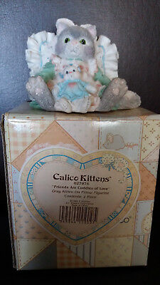 """NEW Calico Kittens """"Friends are Cuddles of Love"""" Resin Cat Figurine #627976"""