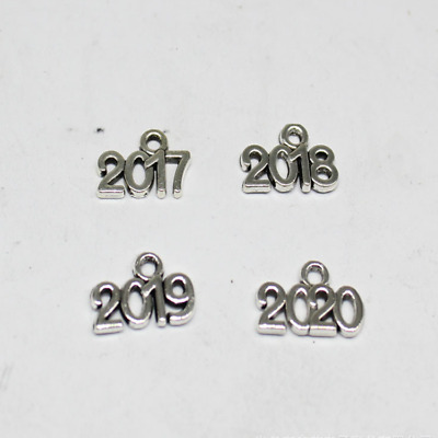 50/200pcs Exquisite and fashionable design of Tibetan silver 2017-2020 pendant