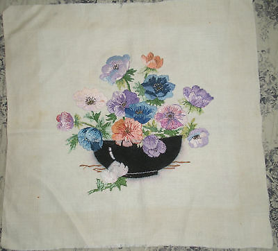Pretty Vintage Embroidery on Linen ~Anemones~ Beautifully Worked