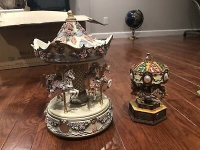 MUSICAL 4 HORSE CERAMIC CAROUSEL by WESTLAND Carasol Collections L. E. 8000 Lot