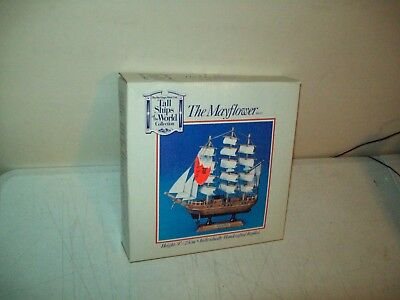 Heritage Mint Tall Ships of the World the Mayflower no. SH 01 preowned w/box