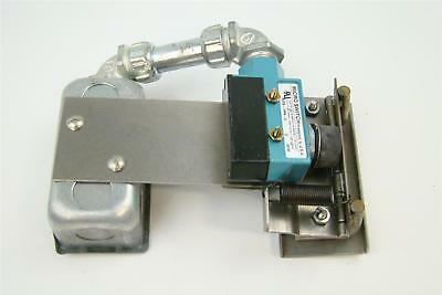 Hobart Table Limit Switch with Honeywell microswitch BZE6-2RN-S , F17927A