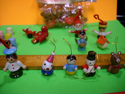 Package Tie-On Flocked Lot Xmas Wood Ornaments Thimbles Twin City Bank Vintage