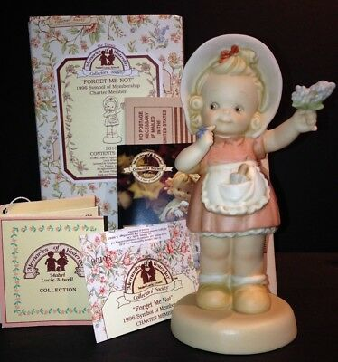 FORGET ME NOT S0106 Memories of Yesterday MINT NIB Girl forget me not flowers