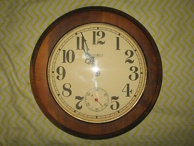 14 Vintage Howard Miller Barwick Collection Round Wall Clock
