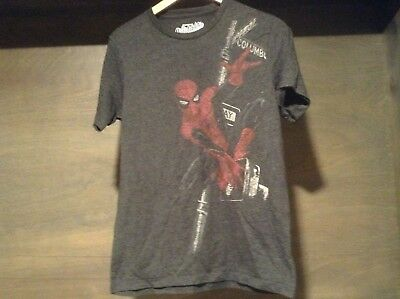 Old Navy Collectabilitees The Amazing Spider-Man Vintage Style T-Shirt SZ SMALL