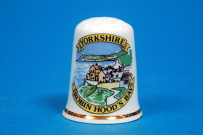 Robin Hood's Bay Yorkshire China Thimble B/09