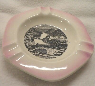Vintage NEW RIVER CANYON HAWKS NEST West Virginia WV Scenic Ashtray