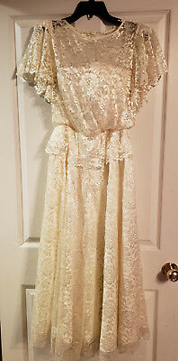 BEAUTIFUL DESSY CREATIONS NEW YORK IVORY LACE LONG OVERLAY DRESS SIZE 8 Approx
