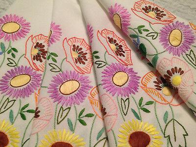 Vintage Hand Embroidered White Linen Tablecloth ~ Beautiful Wild Flowers