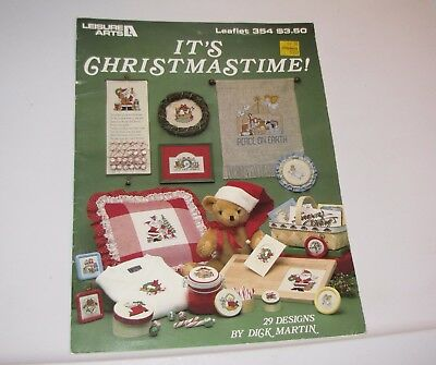 D Martin 29 Christmas Cross Stitch Designs Creche Santa Bears Deer Mice Angel ++