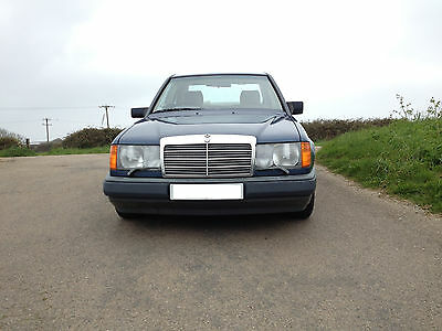 Mercedes 260e (W124) 1989 only 66000 mls, MOT to April 2019 Classic Car?