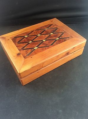Fabulous Hardwood Inlaid Wood Marquetry Parquetry Wooden Jewellery Trinket Box 2
