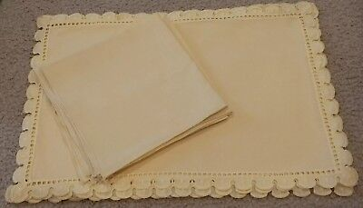 Set of 4 Vintage Yellow Linen and Eyelet Lace Napkins and Placemats New