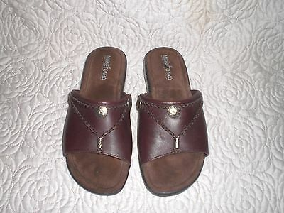Minnetonka Silverthorne Women's Size 8 M Brown Leather Open Toe Slides Sandals