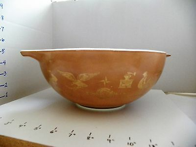Pyrex 444 Brown Gold Early American Rooster 4 Qt Cinderella Mixing Bowl