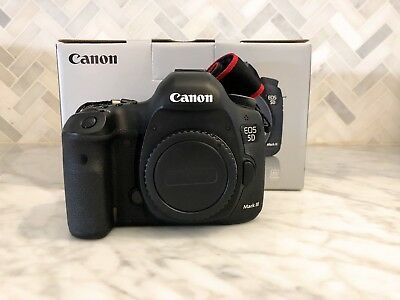 Canon EOS 5D Mark III 22.3MP Digital SLR Camera - Black (Body Only) NEW SHUTTER!